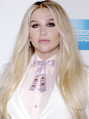 Kesha Opens Up on Eating Disorder During Trailblazer Acceptance Speech at Billboard Women…