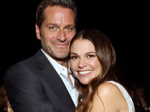 'Younger' Star Peter Hermann on What's Next for Liza and Charles -- Plus Finale Sneak…