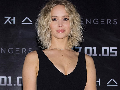 Jennifer Lawrence Looks Abs-olutely Perfect at 'Passengers' Event In Korea