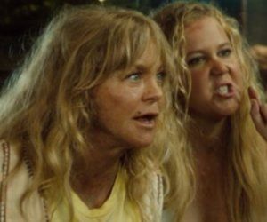 "Red Band Trailer for ""Snatched"""