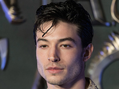 See 'Justice League' First Look of Ezra Miller's Flash With Wonder Woman, Batman (Photo)
