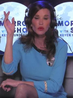 Janice Unloads on Kardashian Vogue Cover!