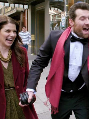 'Bill & Grace... On the Street!': It's Debra Messing, You Gays! (Video)