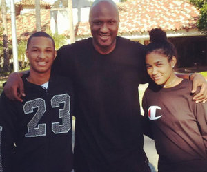 Lamar Odom Ends 2016 with His Kids In First Social Media Post Since Rehab