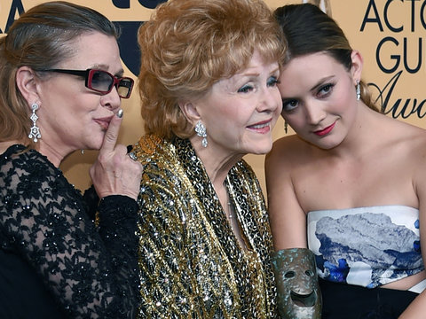 Billie Lourd Breaks Silence After Deaths of Mom Carrie Fisher, Grandmother Debbie Reynolds