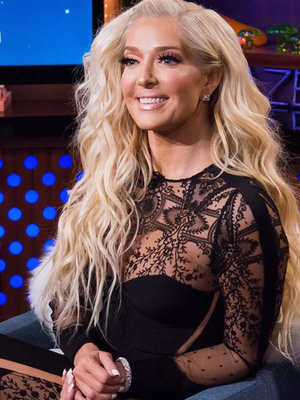 'Real Housewives of Beverly Hills' Star Erika Girardi Sounds Off On Mariah Carey's NYE Disaster (Video)