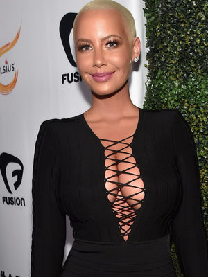 Amber Rose Shares Incredible No-Makeup Photo