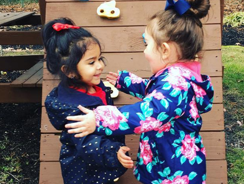 Snooki and JWoww's Daughters are BFFs In This Week's Best Celeb Selfies (Photos)