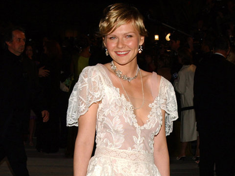 Kirsten Dunst Rocked Her 2004 Oscars Dress 13 Years Later (Photos)