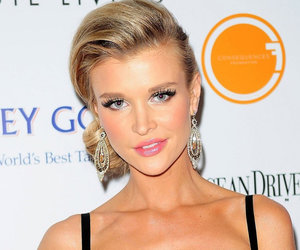 Joanna Krupa Shares Extremely Controversial 'Nude' Selfie (Photos)