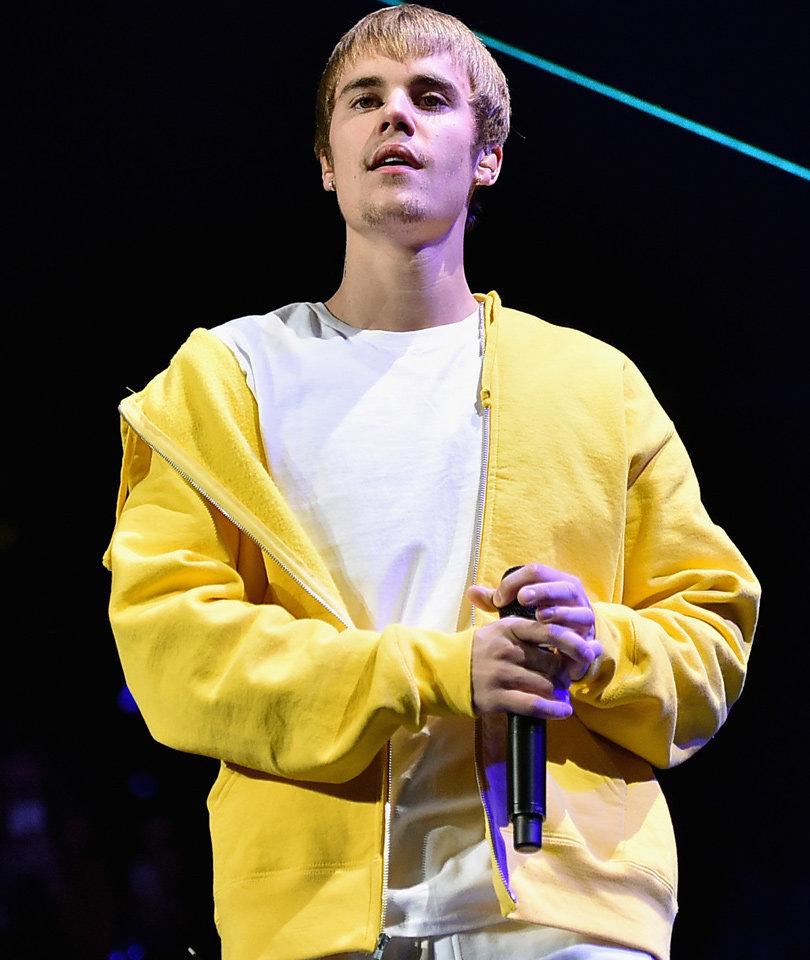 Meet Justin Bieber the 'Celebration Expert' in T-Mobile Super Bowl Commerical…