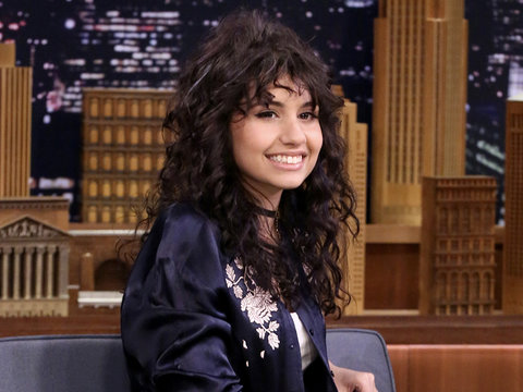 Alessia Cara Nails Lorde and Nicki Minaj Impressions on 'Tonight Show' (Video)