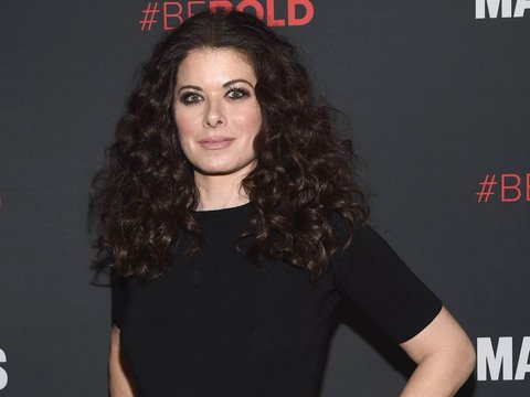 Debra Messing Will Be Honored At the 2017 GLAAD Media Awards