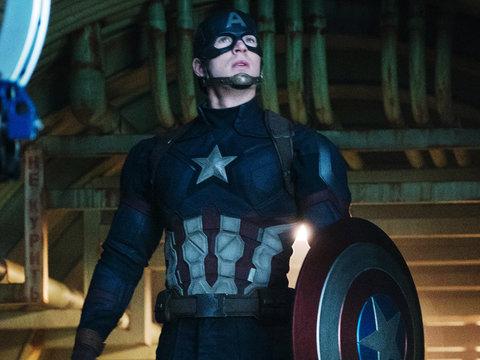 'Captain America' Star Chris Evans Battles Former KKK Leader David Duke