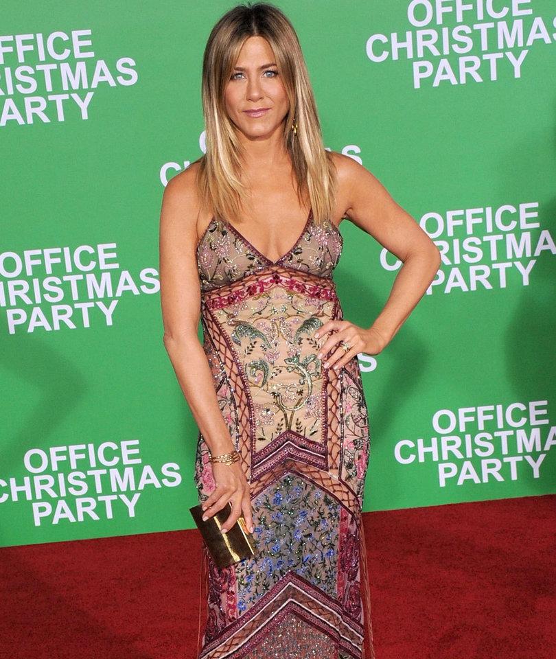 49 Photos of Jennifer Aniston in Celebration of Her 48th Birthday