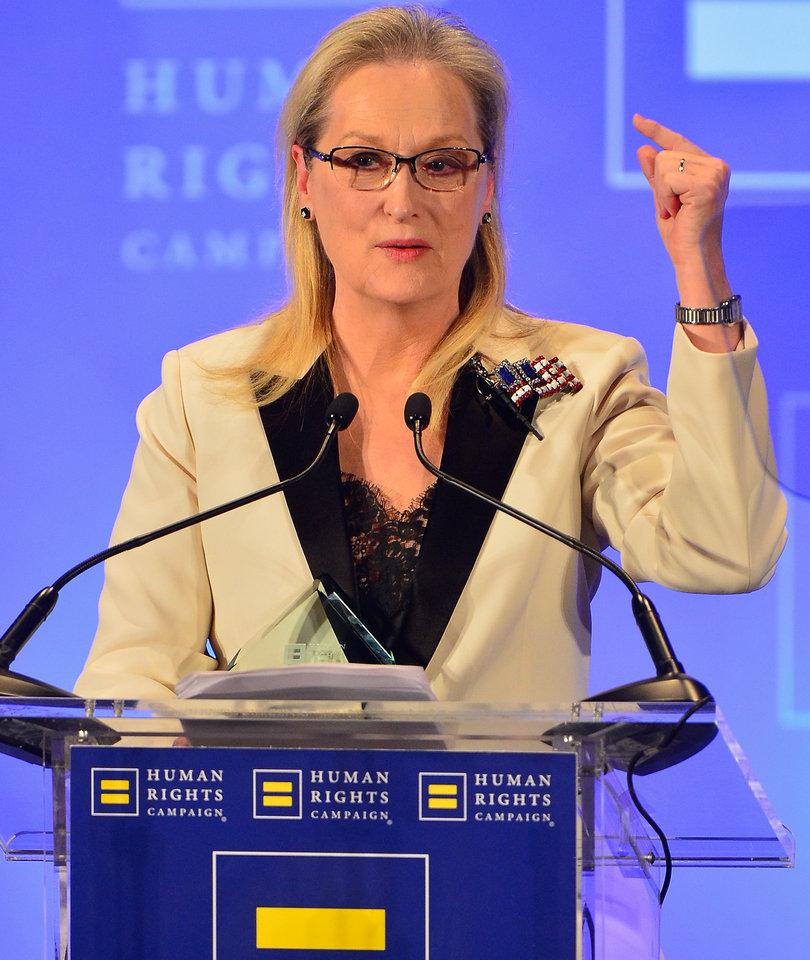 Meryl Streep Fires Back at Donald Trump Criticism In Emotional Speech (Video)