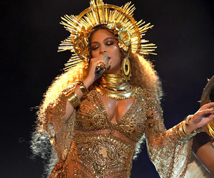 Beyonce's Grammy Performance Leaves Audience 'Dead,' 'Nervous' -- But Who Called It Narcissistic? (Video)