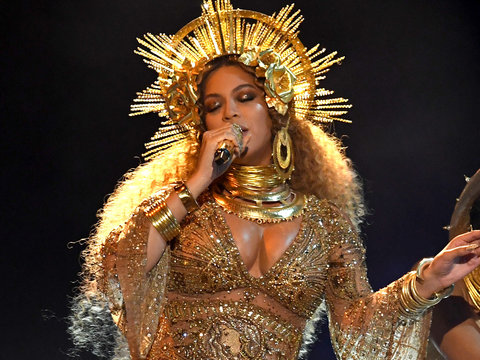 Beyonce's Grammy Performance Leaves Audience 'Dead,' 'Nervous' -- But Who Called It…