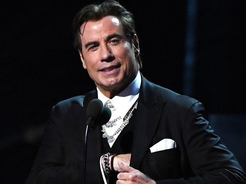 John Travolta Has Awkward Grammys Teleprompter Moment And Gives Us Instant 'Adele Dazeem'…