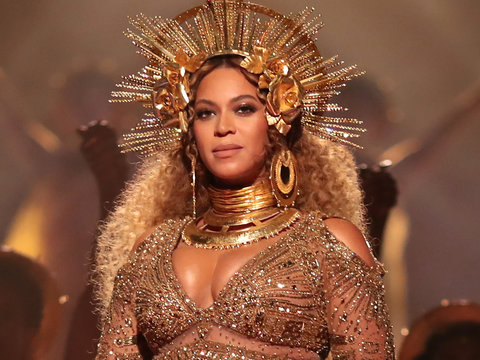 Beyoncé Drops 'Love Drought' and 'Sandcastles' Videos After Grammys Performance - Watch…