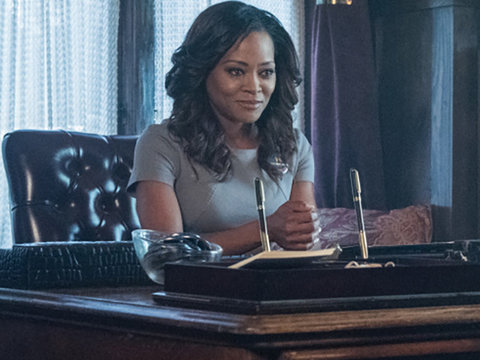 'Riverdale' Star Robin Givens on Aging In Hollywood: 'When Did We Become the Parents?'