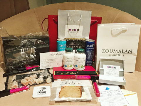 First Look at the Oscar Gift Bag With a $200 Loaf of Bread (Exclusive Photos)