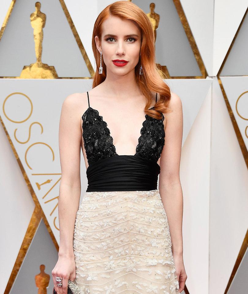 It's Emma Roberts' Oscars Xmas Party!