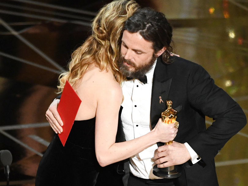 Brie Larson Was Not Celebrating Casey Affleck's Best Actor Oscar Win (Video)