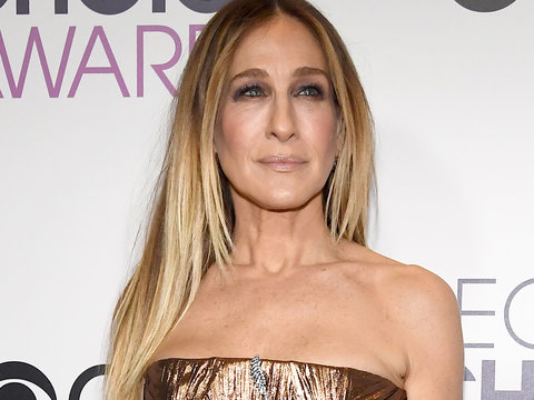 Sarah Jessica Parker Trolls Donald Trump Using 'Sex and the City's' Carrie Bradshaw