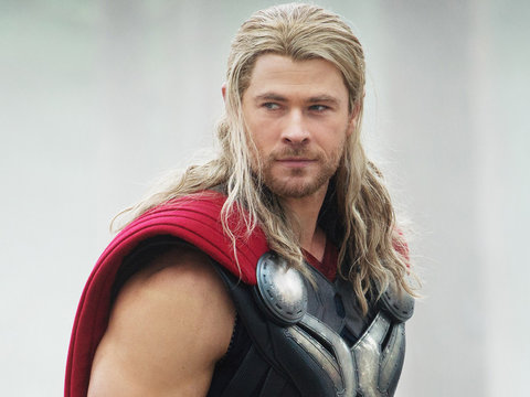 'Thor: Ragnarok' First Look - Chris Hemsworth Gets a Haircut, Cate Blanchett Is…