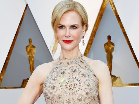 Here's Why Nicole Kidman Was Clapping Like The Grinch at the Oscars
