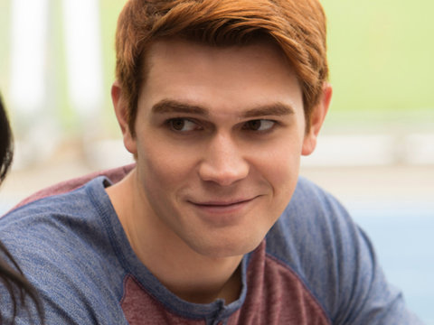 'Riverdale' Star KJ Apa Reveals Favorite Archie Fling, 'Hope' for Betty Hookup