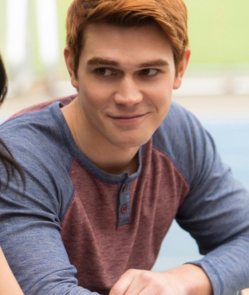 'Riverdale' Star KJ Apa Reveals Favorite Archie Fling, 'Hope' for Betty Hookup