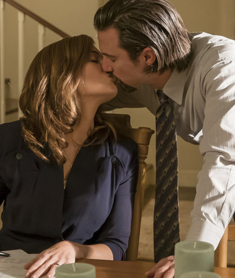 Mandy Moore Thinks 'This Is Us' Fans Are 'Crazy' to Believe This Morbid Theory…