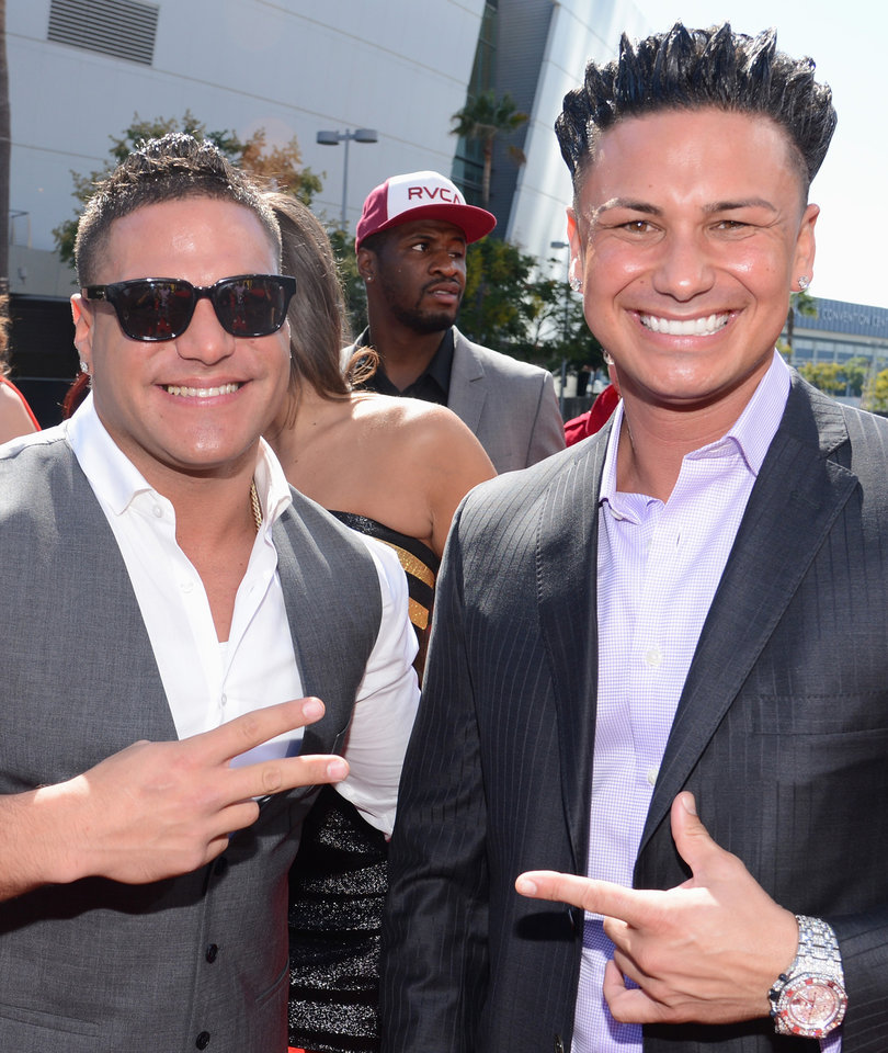 How Pauly D Got Ronnie Ortiz-Magro to Join 'Famously Single' After Being…