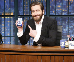 Jake Gyllenhaal Facetimes Ryan Reynolds on Late Night in Today's Hot Photos