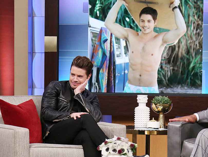 How 'Arrangement' Star Josh Henderson Almost Ditched Acting For Baseball (Video)