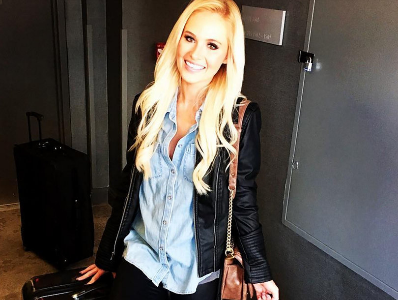 Tomi Lahren Negotiating Exit From TheBlaze Amid Reports Claiming She Was…