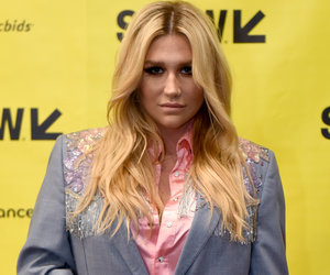 Kesha Tells Paparazzi and Body-Shamers to 'Kiss My Fat Ass' (Photo)
