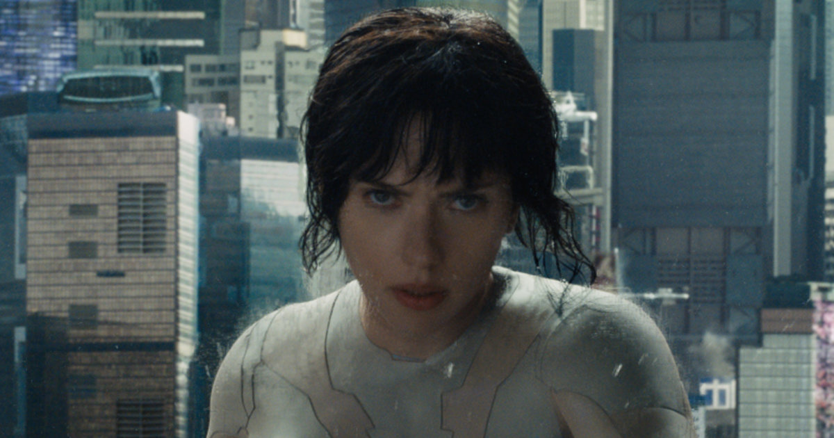 scarlett johansson in the ghost in the shell 2017