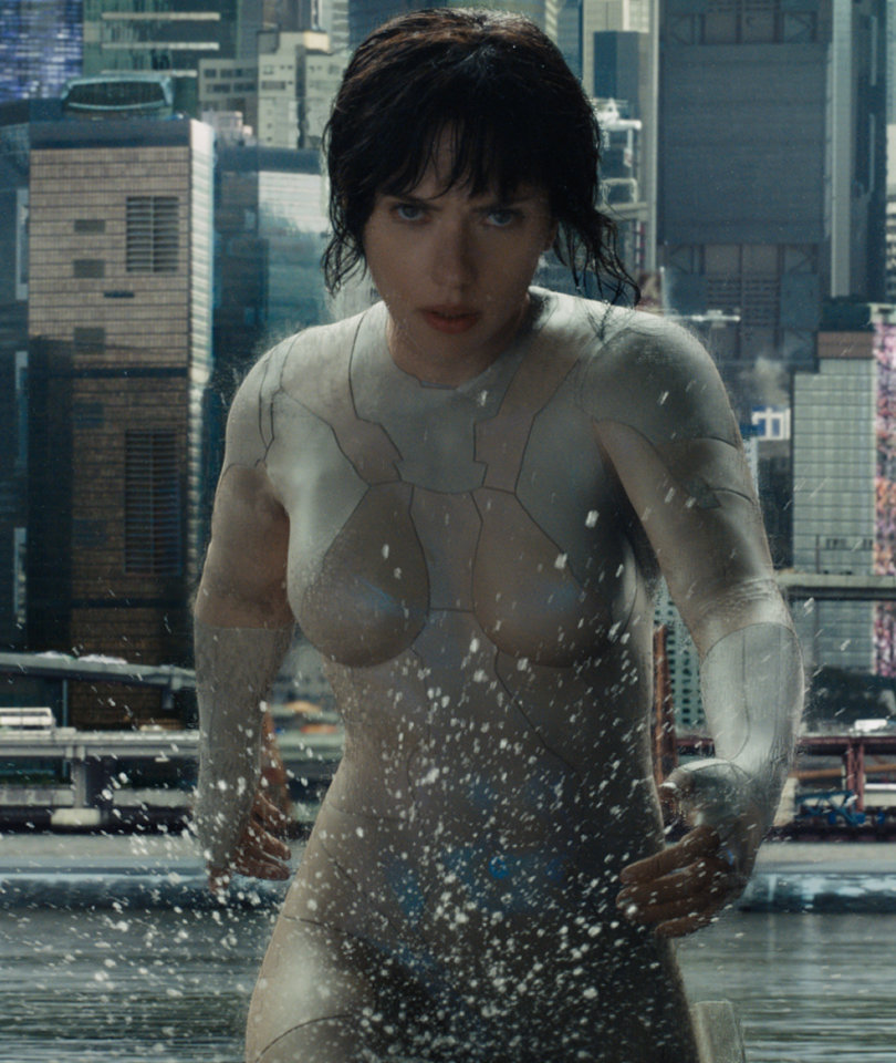 Scarlett Johansson Defends 'Ghost in the Shell' From Whitewashing Backlash…