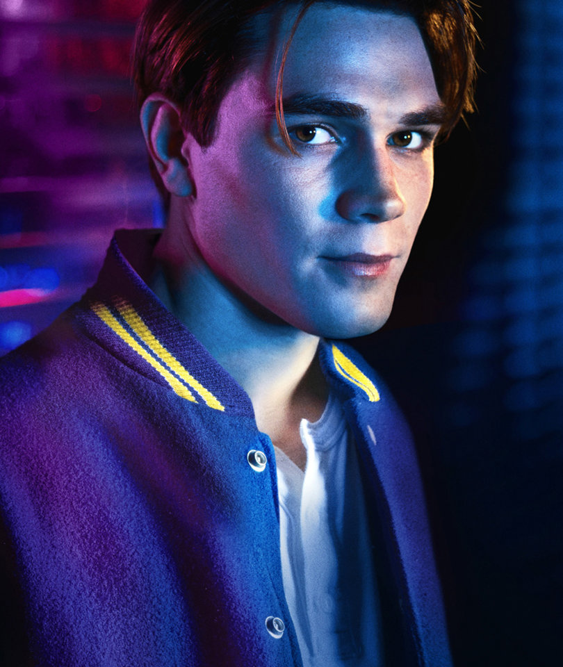 'Riverdale' Star KJ Apa Talks Betty and Jughead, Who Killed Jason