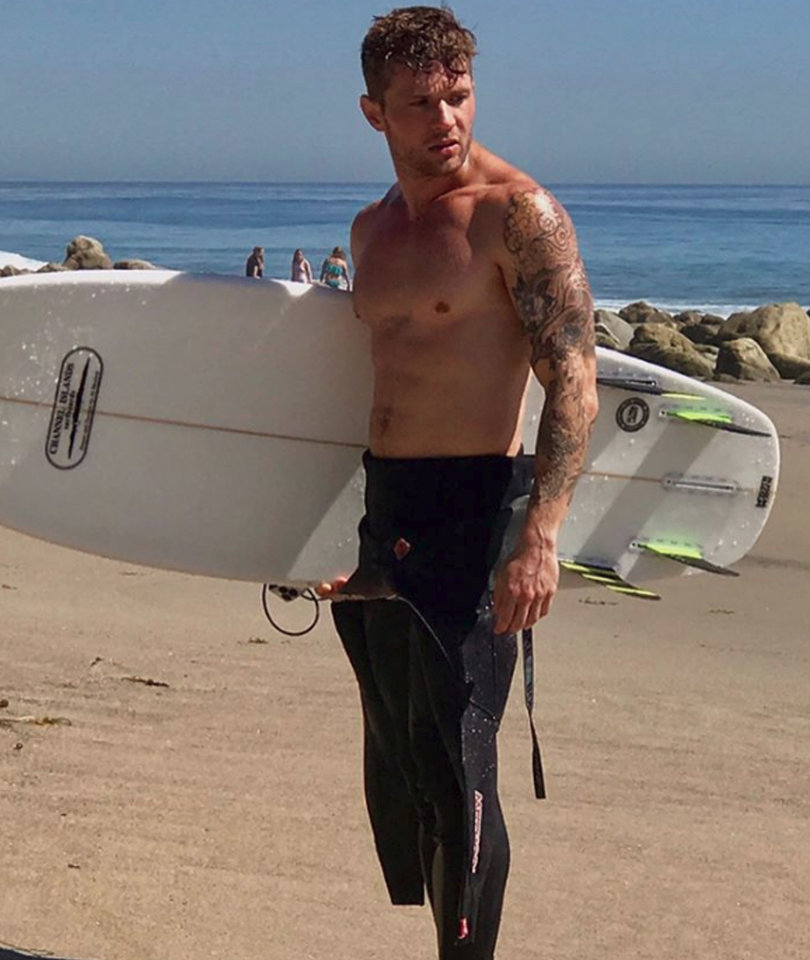 Ryan Phillippe's 42-Year-Old Beach Bod Is a Thing of Beauty In Men's Fitness…