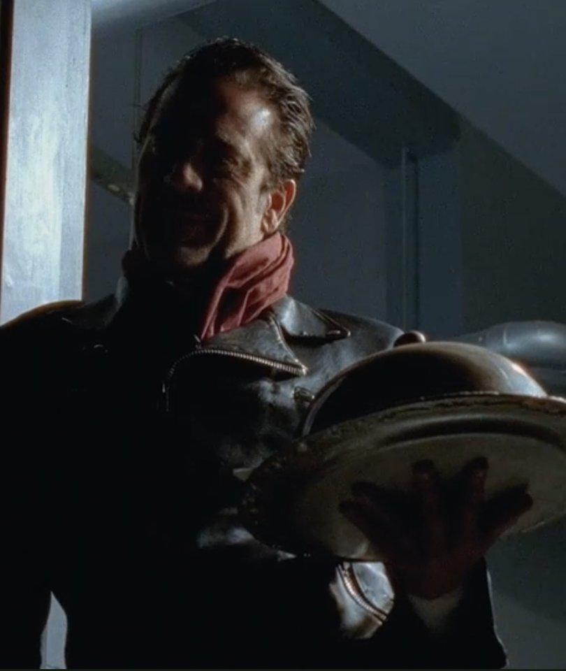 Negan Teases a 'Couple' Deaths in 'Walking Dead' Finale Clip (Video)