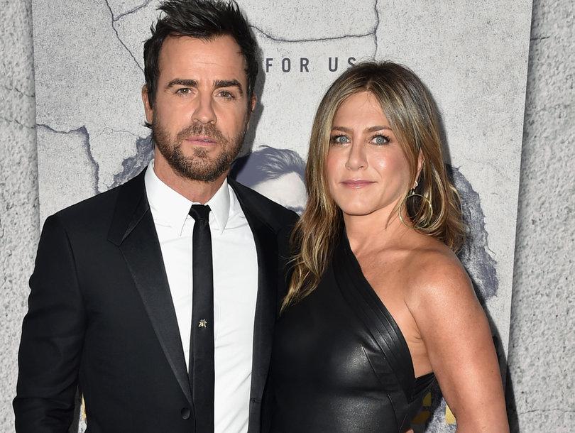 Jennifer Aniston Stuns at Justin Theroux's 'Leftovers' Premiere