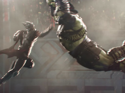Thor vs. Hulk! Chris Hemsworth Battles Mark Ruffalo In First Teaser for 'Thor: Ragnarok'…