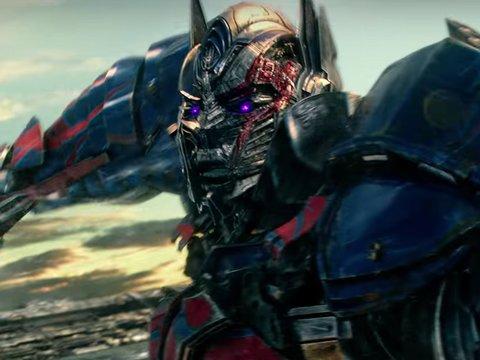 'Transformers' Trailer Gives Hope Optimus Prime Won't Murder Bumblebee