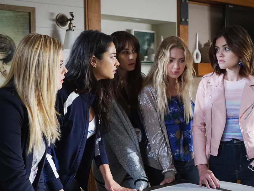 'Pretty Little Liars' Final Season Is Here! Where We Left Off With Aria, Spencer and the Gang