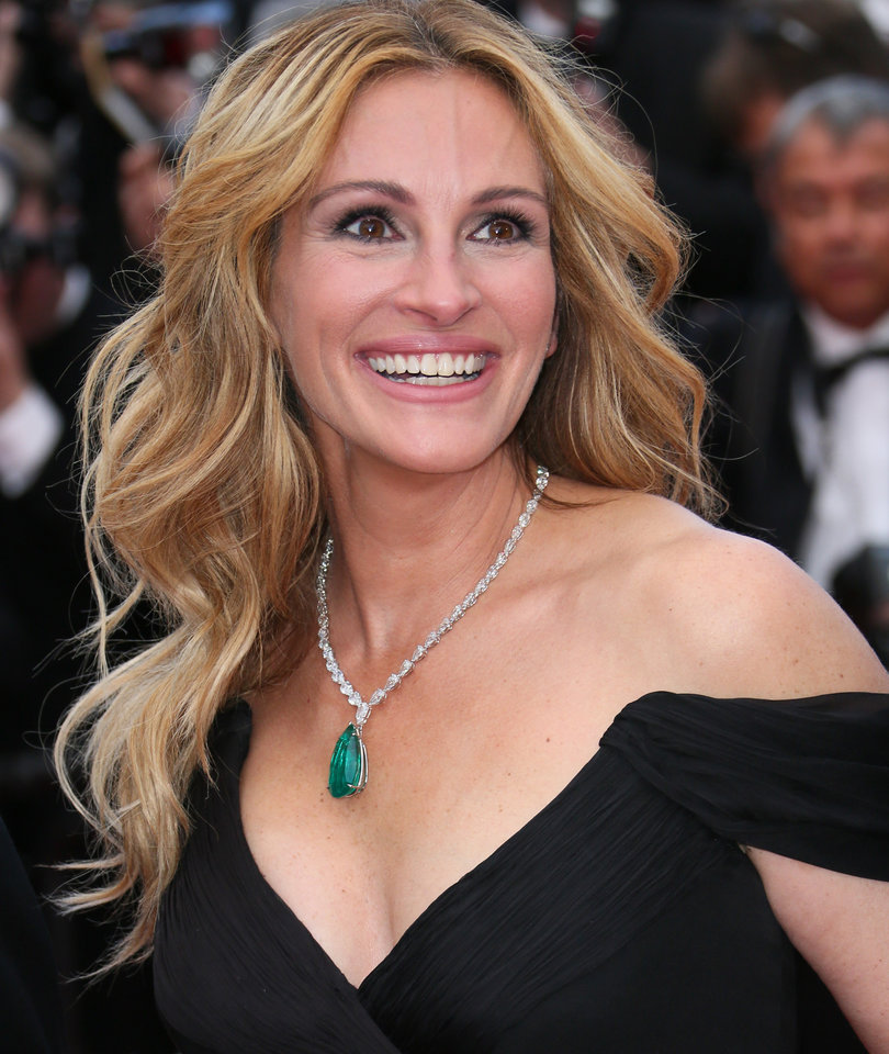 Julia Roberts Makes History as People's Most Beautiful Woman for 5th Time