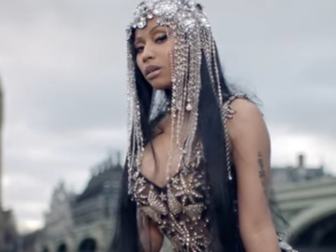 Nicki Minaj Puts Beef With Remy Ma on the Table in Video for Diss Track 'No Frauds'